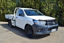 FULLY INSTALLED - Toyota Hilux 2017+ Integrated Reversing Camera